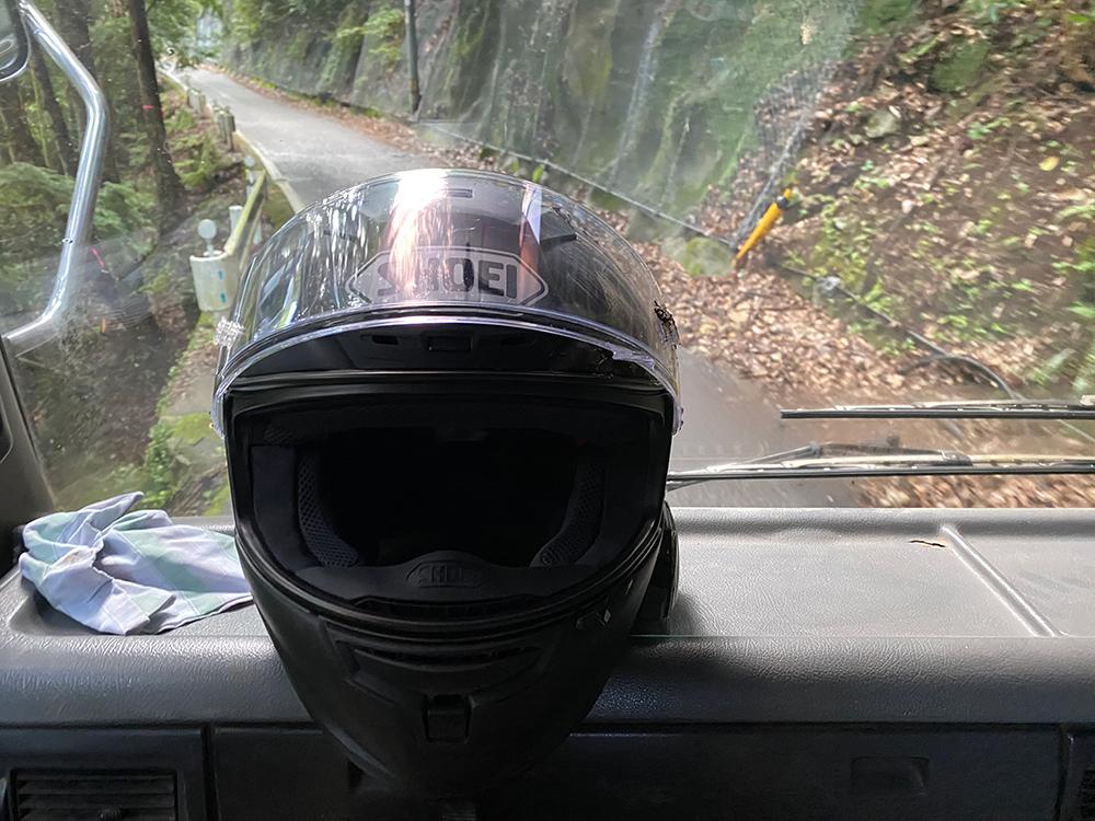 プロテクターに守られた自損事故、国道371号にて その2