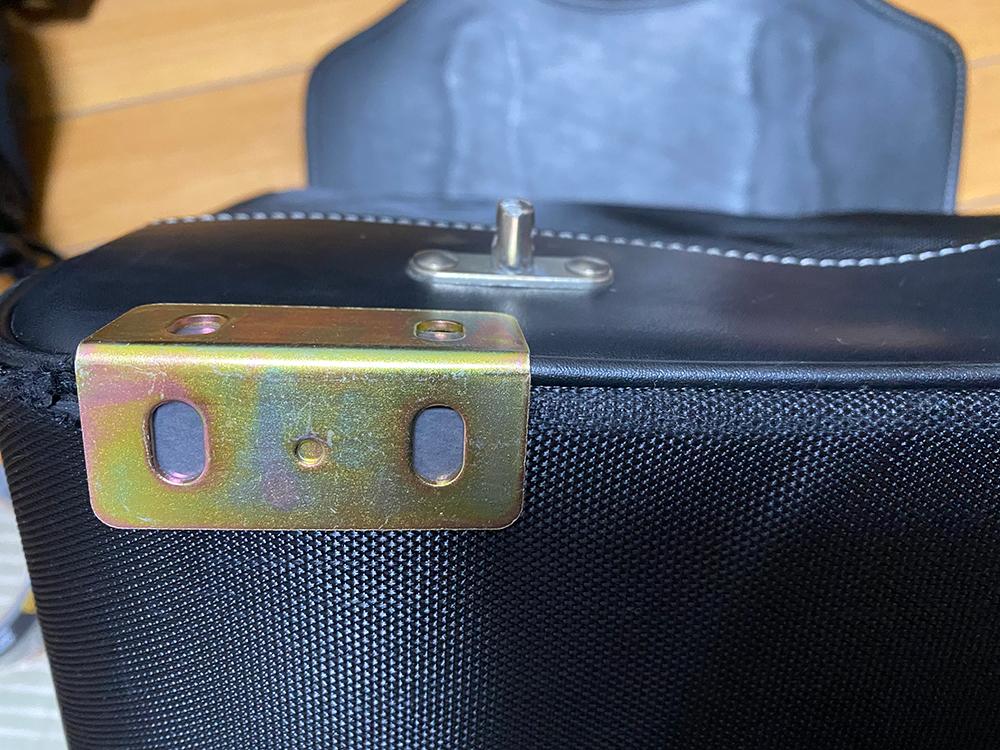 デグナーの17Lサドルバッグの底の部分をアングルで補強してみました その8