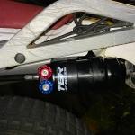 Technixのフォークスプリング(ハードスプリング Front 4.6N/mm)とリアサスペンション(TGR TEC-5.2 Performance shock/トライアル)交換 その1